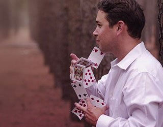 Meet Seattle Local Magician | Ace of Illusions